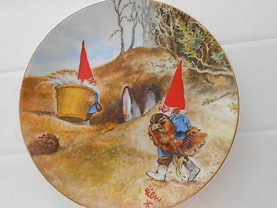 """Legends of the Gnomes Rien Poortvliet Porcelain Plate """"GNOME KNOW-HOW"""""""