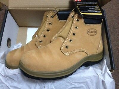 New OLIVER 34632 Work Boots. Men's Size 7AUS Wheat