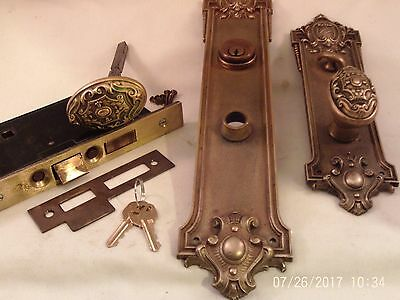 Antique Yale Cast Bronze Door Knob Entrance Set Cylinder Key Thumb Turn #740
