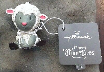 "Hallmark Easter Merry Miniatures Figurine Sweet Lamb 2016 Sheep 1-1/2"" High NWT"