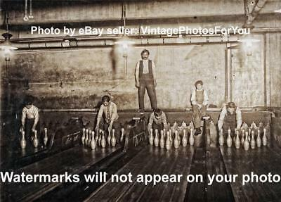 Old/Antique/Vintage 1910 Photo Bowling Alley Pinboys/Pinsetters New York City