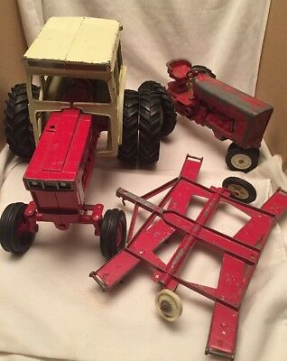Vintage Lot Of 3 Ertl Toys International Farm Tractors 1066 Parts Restoration