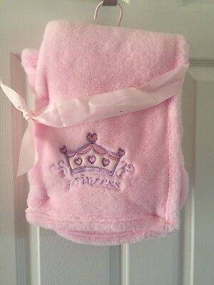 NWOT Infant Girls Pink Embroidered Princess Crown Heart Plush Soft Baby Blanket