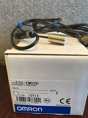 *New* E2C-Em02H Omron Proximity Switch