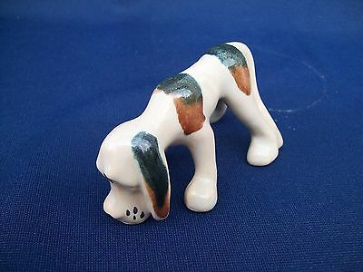 Vintage Porcelain Sniffing The Scent Blood Hound Dog Figurine Statue