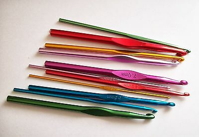 1 x Aluminium Crochet hook, choose from various sizes from 3mm to 10mm