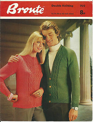 ORIGINAL VINTAGE 1970s KNITTING PATTERN Womens mens CABLE CARDIGAN / Jacket