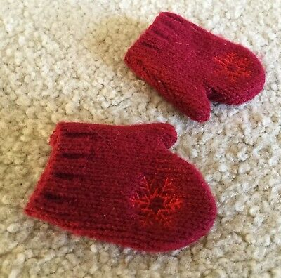 American Girl Doll **Red SNOWFLAKE MITTENS ONLY**EUC