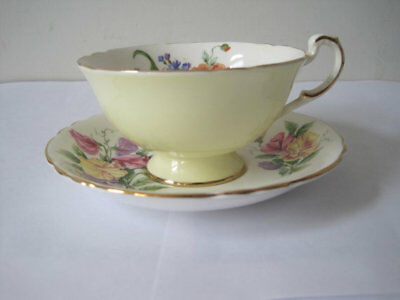 UNIQUE Antique PARAGON English Tea Cup and Saucer Set England Majesty the Queen