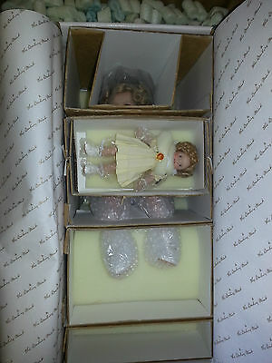SHIRLEY TEMPLE TWO OF A KIND SHIRLEY AND HER DOLL DANBURY MINT DOLLS w/ BOX