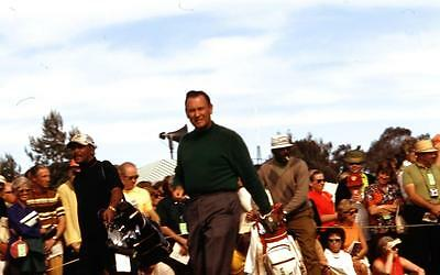 sl23 VINTAGE 35MM ORIGINAL SLIDE ☆ 1971 CELEBRITY GOLF BILLY CASPER 508A