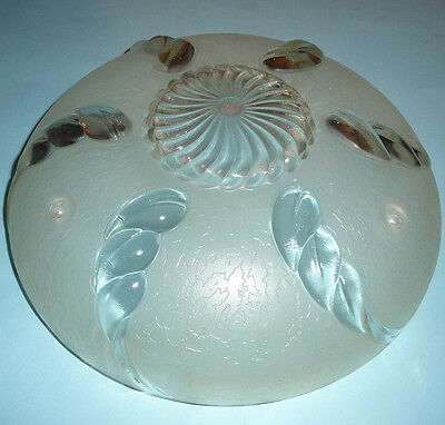 ViNTAGE 1930s ART NOUVEAU DECO GLASS CEiLiNG LiGHT FiXTURE 3 CHAiN PEARL WHiTE