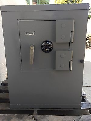 Diebold Safe (Tl-15 Hardened Steel Armor Plate) W/new S&g Dial & Lock