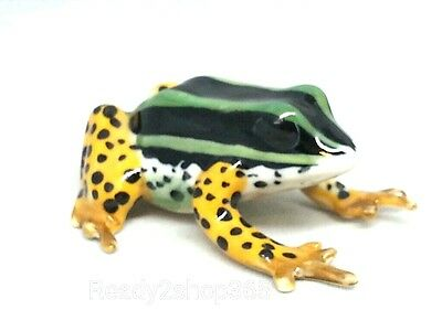 Green Frog Figurine Miniature Ceramic Frogs Toad Animal Figure Hand Art Decor