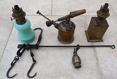 Lot of old objects oil lamps, Roman bronze scales