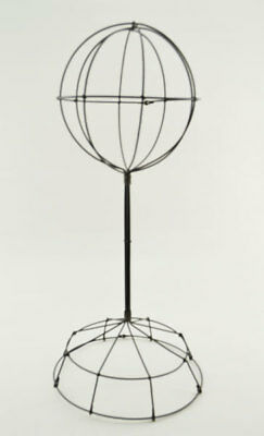 Wire Wide Base Hat Stand - Short