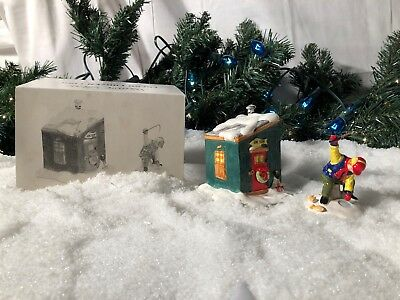 New Department 56 Snow Village Series Fresh Frozen Fish #5163-2 Accessory