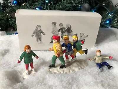New Department 56 Snow Village Series Crack The Whip Skaters #5171-3 Accessory