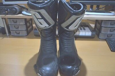 Gaerne Black and Grey Boots