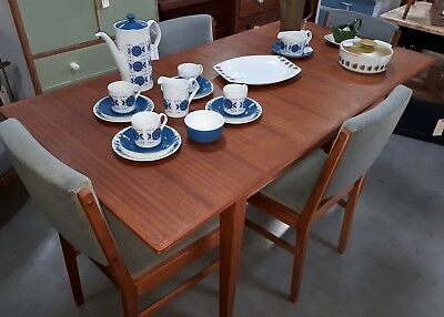 Fabulous Gordon Russell (Russells Of Broadway) Extending Dining Table & 4 Chairs