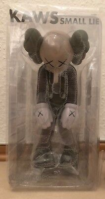 Kaws Small Lie Brown Companion Vinyl 2017 Limited Vinyl Medicom Toy 2017
