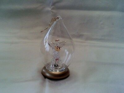 Avon 1999 Brilliant Spun Glass Angel Collectible Ornament doesn't light up