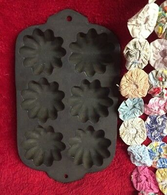 Vintage Unique Cast Iron Six Flower Muffin Pan Makes Great Cornbread Pioneer
