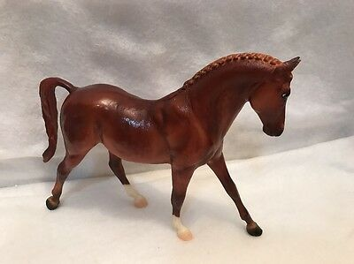 Breyer Molding Classic Horse Keen Brown USA