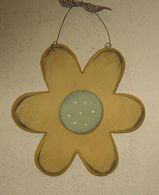 PRIMITIVE  COUNTRY  SPRING FLOWER antique gold