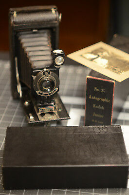 Vintage 2C Autographic Kodak Junior Box Camera w/ original box + marketing card