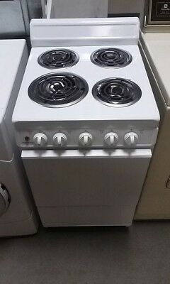 NO SHIPPING -- HOLIDAY APARTMENT SIZE SMALL ELECTRIC STOVE RANGE OVEN Michigan