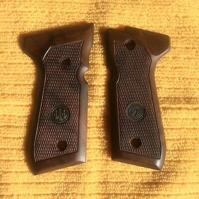 Beretta Factory Checkered Walnut Grips 92/96 Series Pistols 92F, 92FS, M9, 96