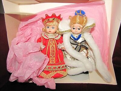 "Madame Alexander Red Queen and White King 8"" Dolls"