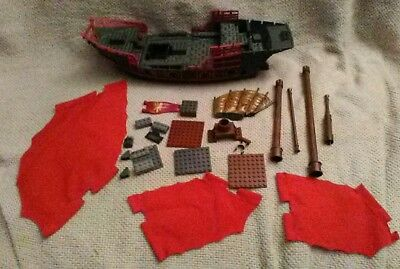 Mega Bloks 1065 - Pirates of the Caribbean At World's End Deluxe Ship Empress