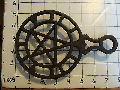 Original Vintage CAST IRON TRIVET 1800'S or early 1900's #22 STAR