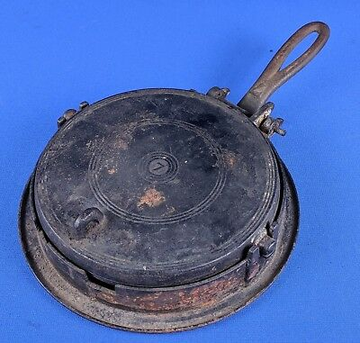 Antique Cast Iron Waffle #7 Ornate USA VTG Early Unmarked Griswold Wagner Pan