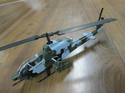 Built Bell AH-1T Sea Cobra - 1/72 Testors/Italeri Kit