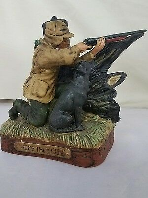 """Vintage Hunter Whiskey Decanter Old Commonwealth """"Here They Come"""" Duck Hunting"""