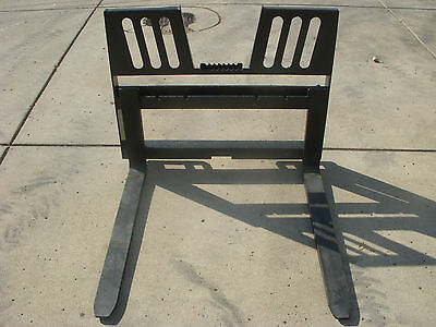 "Bobcat Skid Steer Attachment 48"" 5500 lbs Walk Through Pallet Forks - Ship $149"