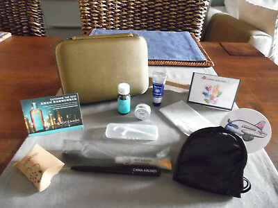 CHINA AIRLINES (TAIWAN) Premium Business Class Amenity Kit Trousse Kulturbeutel