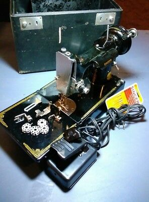 Vintage Singer 3-110 Featherweight Sewing Machine with Pedal ,Case & MORE!!