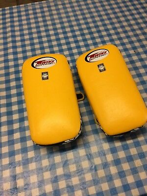 twins muay thai pads, medium, excellent condition