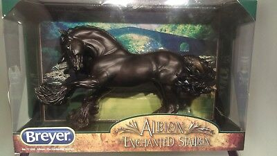 Breyer Traditional - Gypsy Vanner - Albion Dag Dia - 1250 Pcs - NIB! Look!
