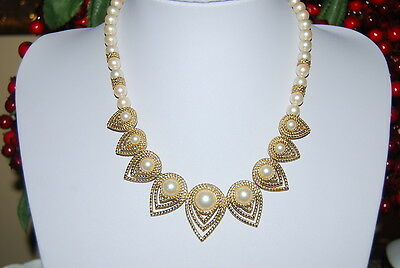Beautiful Vintage Trifari Necklace Of Faux Acrylic Pearls With Gold Toned Metal