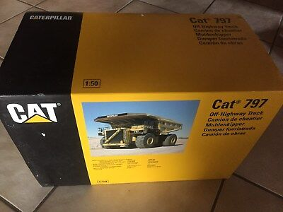 CAT 797 Muldenkipper NZG 466