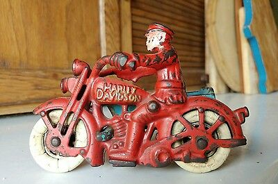 Rare vintage Hubley Harley Davidson cast iron motorcycle toy with side car