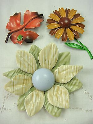 Vintage Group Of 3 Enamel Flower Daisy Leaf Bug Pin Brooch Set