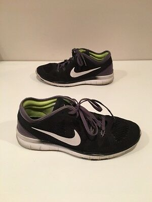 a8e0a1df3325 NIKE FREE TR Fit 5 Black Purple Womens Size 7 Amazing Condition ...