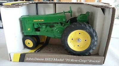 5611 ERTL DIE CAST1953 JOHN DEERE MODEL 70 row crop TRACTOR serial #1533