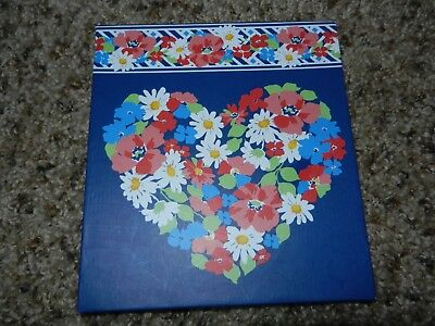 Vera Bradley Forget- Me-Nots Sticky Notes in SUMMER COTTAGE